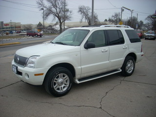 2004 mercury mountaineer for sale in des moines ia j0974