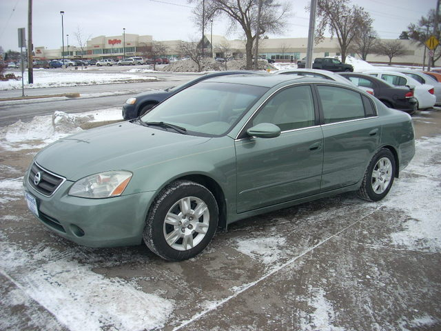 2003 Nissan Altima For Sale In Des Moines Ia 254880