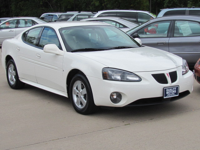 2008 Pontiac Grand Prix For Sale In Ames Ia 4459