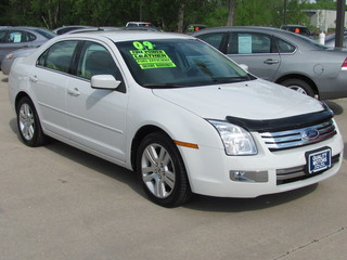 2009 ford fusion for sale in ames ia 4547. Black Bedroom Furniture Sets. Home Design Ideas