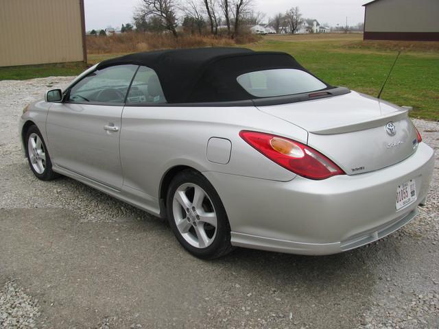 2006 Toyota Camry Solara Convertible Sle For Sale In Cambridge Ia 1390