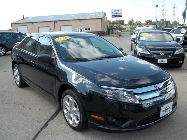 2010 ford fusion for sale in johnston ia 357369. Black Bedroom Furniture Sets. Home Design Ideas