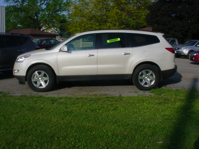 2011 chevrolet traverse for sale in hampton ia 6920. Black Bedroom Furniture Sets. Home Design Ideas