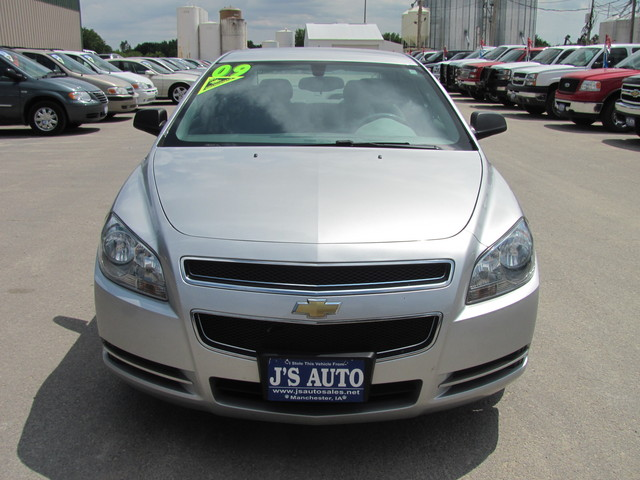 2009 chevrolet malibu for sale in manchester ia 9f184439. Black Bedroom Furniture Sets. Home Design Ideas