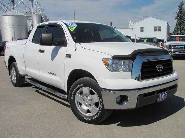 2007 toyota tundra for sale in manchester ia 7s462766. Black Bedroom Furniture Sets. Home Design Ideas
