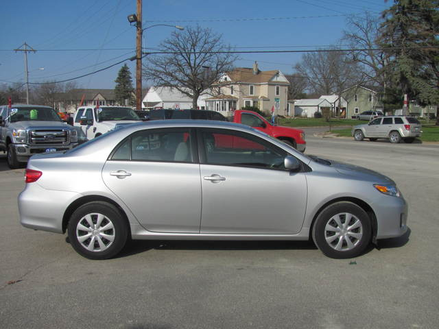 2011 Toyota Corolla for sale in Manchester,IA - BJ102532