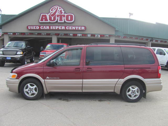 2004 Pontiac Montana For Sale In Manchester Ia 4d111358