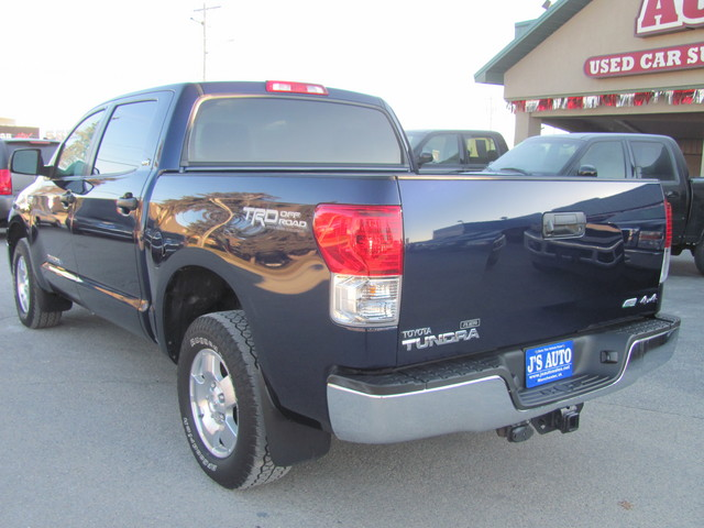 2012 toyota tundra for sale in manchester ia cx250180. Black Bedroom Furniture Sets. Home Design Ideas