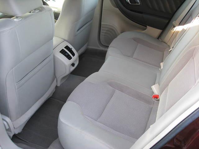 2010 ford taurus for sale in cedar rapids ia 10756981. Black Bedroom Furniture Sets. Home Design Ideas