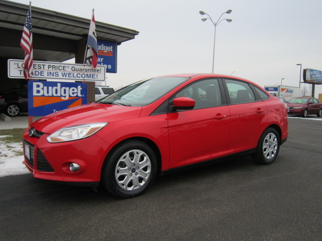 2012 ford focus for sale in cedar rapids ia 11153925. Black Bedroom Furniture Sets. Home Design Ideas