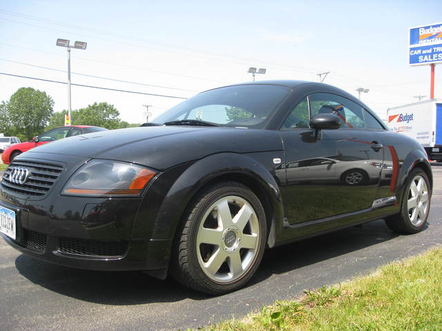 2002 audi tt for sale in cedar rapids ia 4780. Black Bedroom Furniture Sets. Home Design Ideas