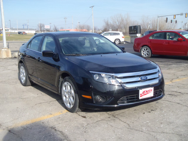 2011 ford fusion for sale in marshalltown ia 4505b. Black Bedroom Furniture Sets. Home Design Ideas