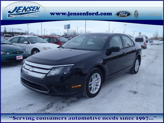 2012 ford fusion for sale in marshalltown ia 6888. Black Bedroom Furniture Sets. Home Design Ideas