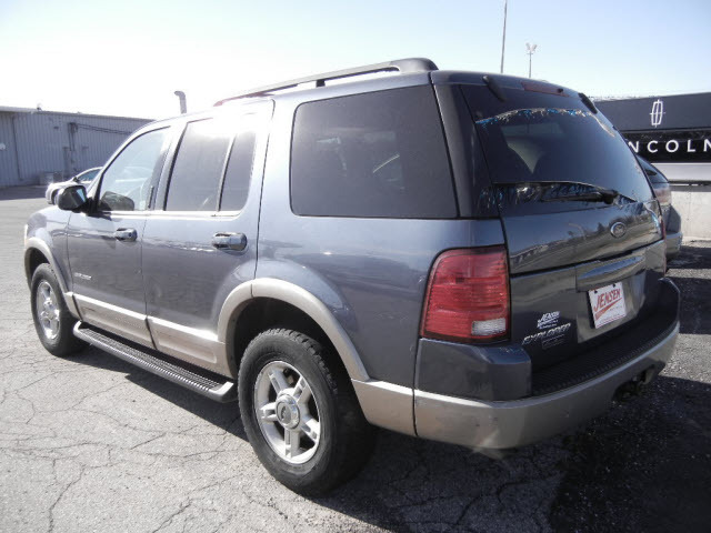 2002 ford explorer for sale in marshalltown ia 4595. Black Bedroom Furniture Sets. Home Design Ideas