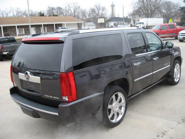 2011 Cadillac Escalade Esv For Sale In Jefferson Ia