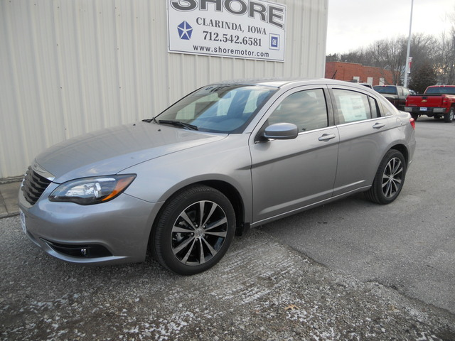 2013 Chrysler 200 For Sale In Clarinda Ia D95