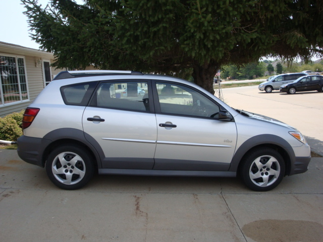 2007 Pontiac Vibe For Sale In North Liberty Ia 3709