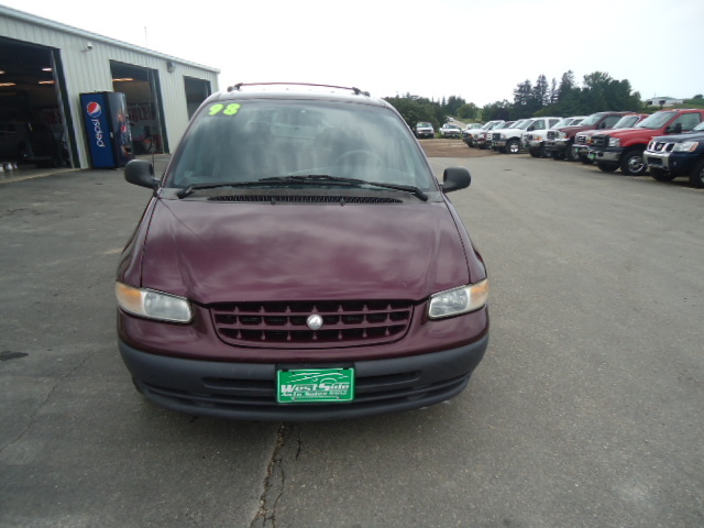 Cc Ca F A C Eaeb E X on 1998 Plymouth Grand Voyager Purple