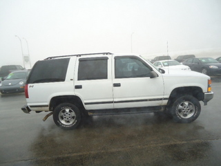 1998 chevrolet tahoe for sale in waukon ia 1584. Black Bedroom Furniture Sets. Home Design Ideas