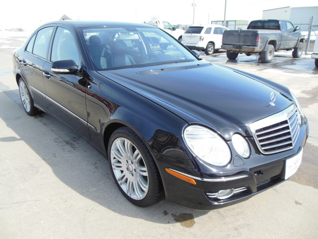 2008 mercedes benz e class for sale in fort dodge ia 5503. Black Bedroom Furniture Sets. Home Design Ideas
