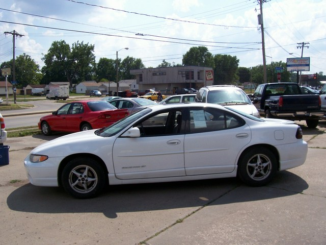 2000 Pontiac Grand Prix For Sale In Des Moines Ia
