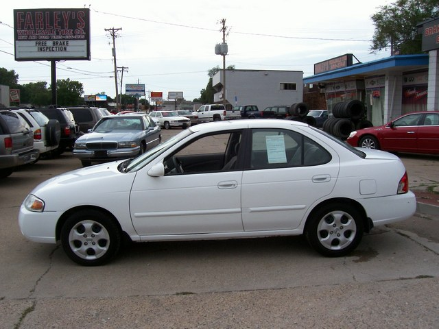 2004 Nissan Sentra For Sale In Des Moinesia