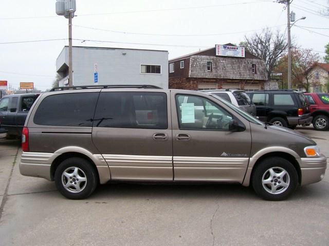 Acura Des Moines >> 2003 Pontiac Montana for sale in Des Moines,IA