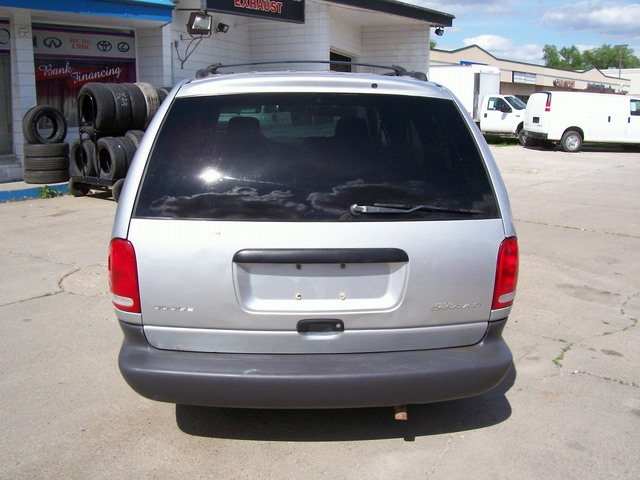 2000 dodge grand caravan for sale in des moines ia. Cars Review. Best American Auto & Cars Review