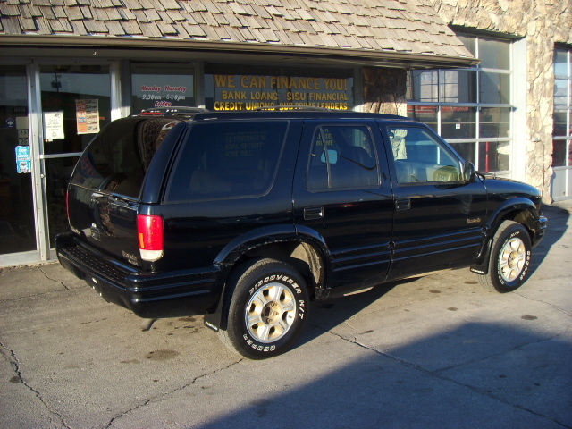 Mercedes Benz Of Des Moines >> 1997 Oldsmobile Bravada for sale in Council Bluffs,IA - 722710A