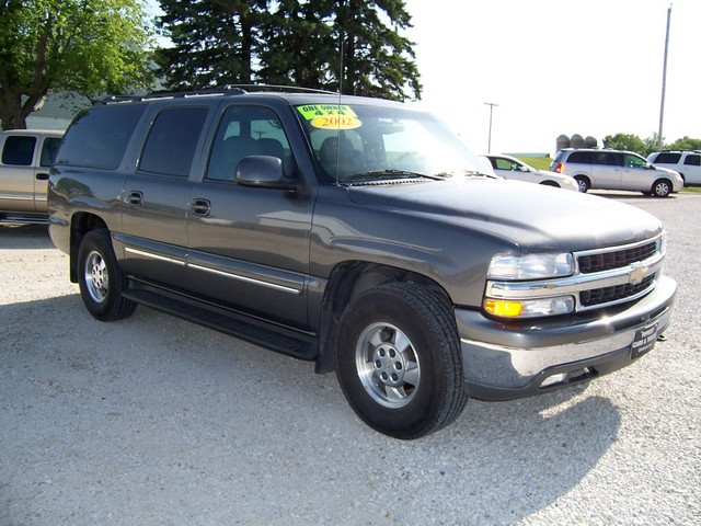 2002 chevrolet suburban 1500 for sale in gladbrook ia 216474. Black Bedroom Furniture Sets. Home Design Ideas