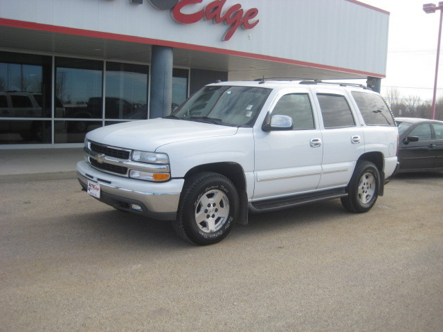 2004 chevrolet tahoe for sale in mason city ia 6745. Black Bedroom Furniture Sets. Home Design Ideas