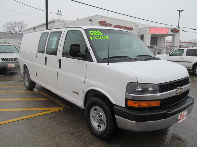 BMW Des Moines >> 2003 Chevrolet Express Van G2500 for sale in Des Moines,IA ...