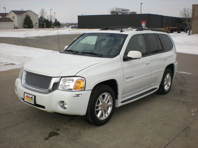 2008 Gmc Envoy For Sale In Polk City Ia 08925