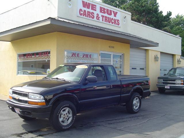 Iowa Salvage Car Dealers