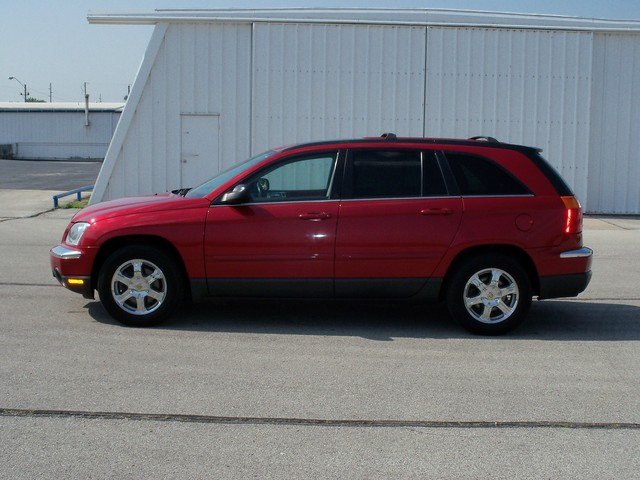 2004 Chrysler Pacifica for sale in Red Oak,IA - R336455
